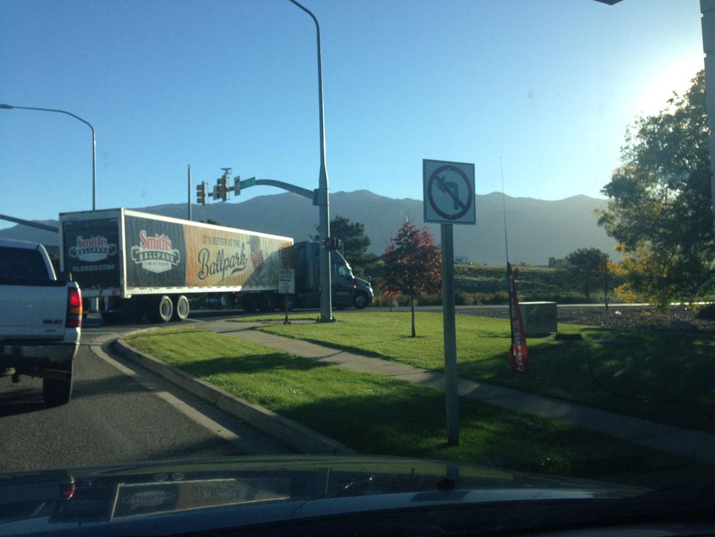 truckTurn.jpg