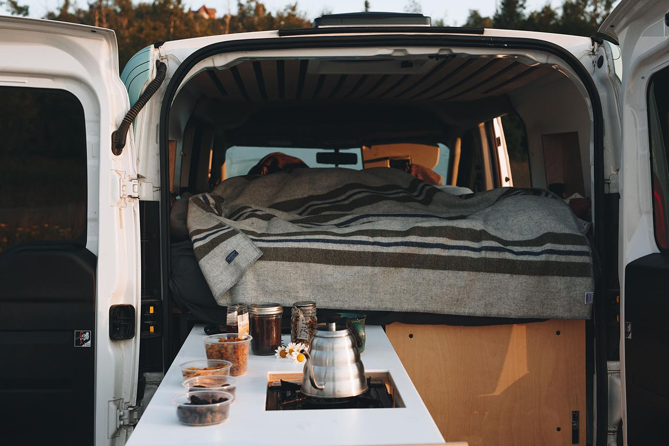 The Best Rental Van Companies - Contravans Car Camping Systems