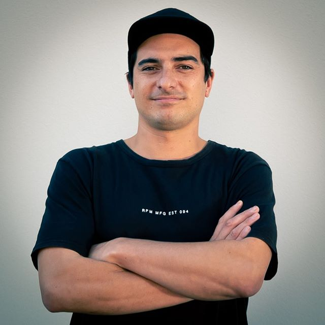 MEET// Introducing our assistant editor Josh Sila.  From making original music to painting full-scale street art murals, Josh has always been obsessed with creating and designing visual goodness! Whether it's photography, cinematography or digital editing creating is his happy place!  To see who else makes up the Flashworks Media team head to https://www.flashworksmedia.co.nz/the-team