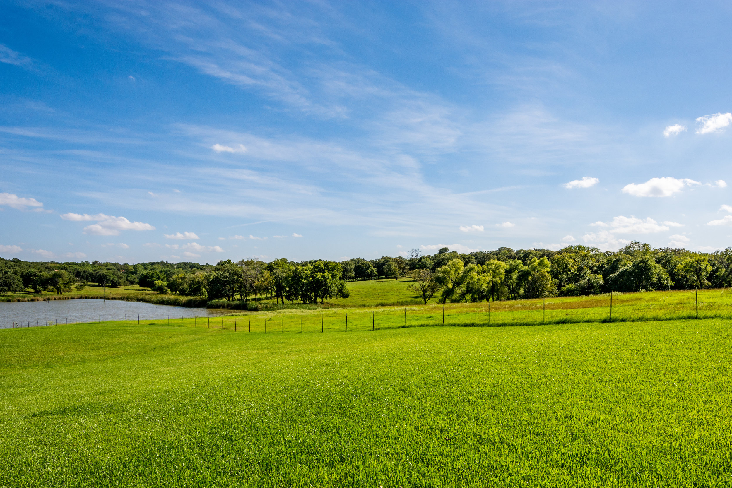 QuailHollow-Westlake-Texas-TrueHomesPhotography-Full-11.jpg