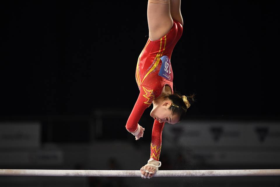 Fan Yilin (CHN) on uneven bars. Photo: Melbourne World Cup.
