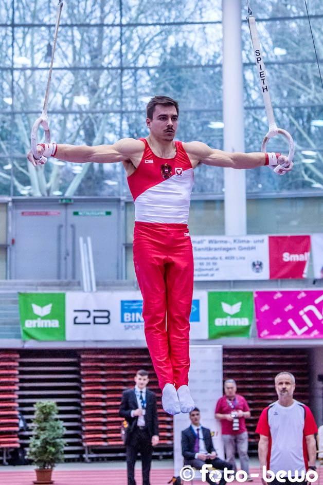 Austrian rings star Vincenz Hoeck.