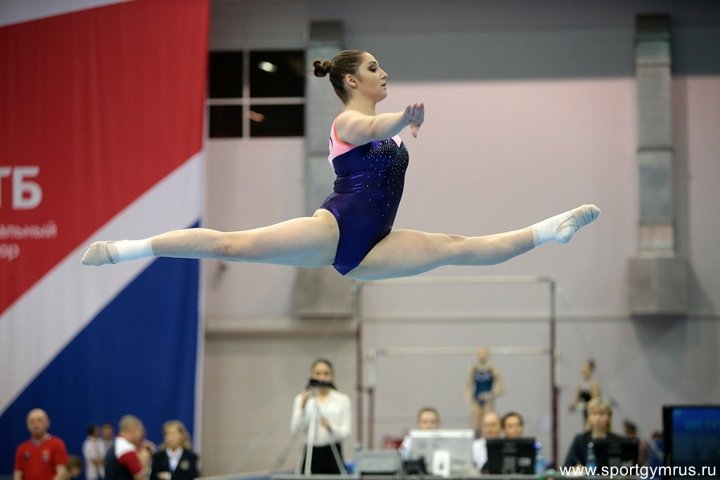 Aliya Mustafina. Photo: Elena Mikhailovna/sportgymrus.ru