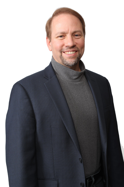 ジェームス・カフナー - 最高経営責任者(CEO)