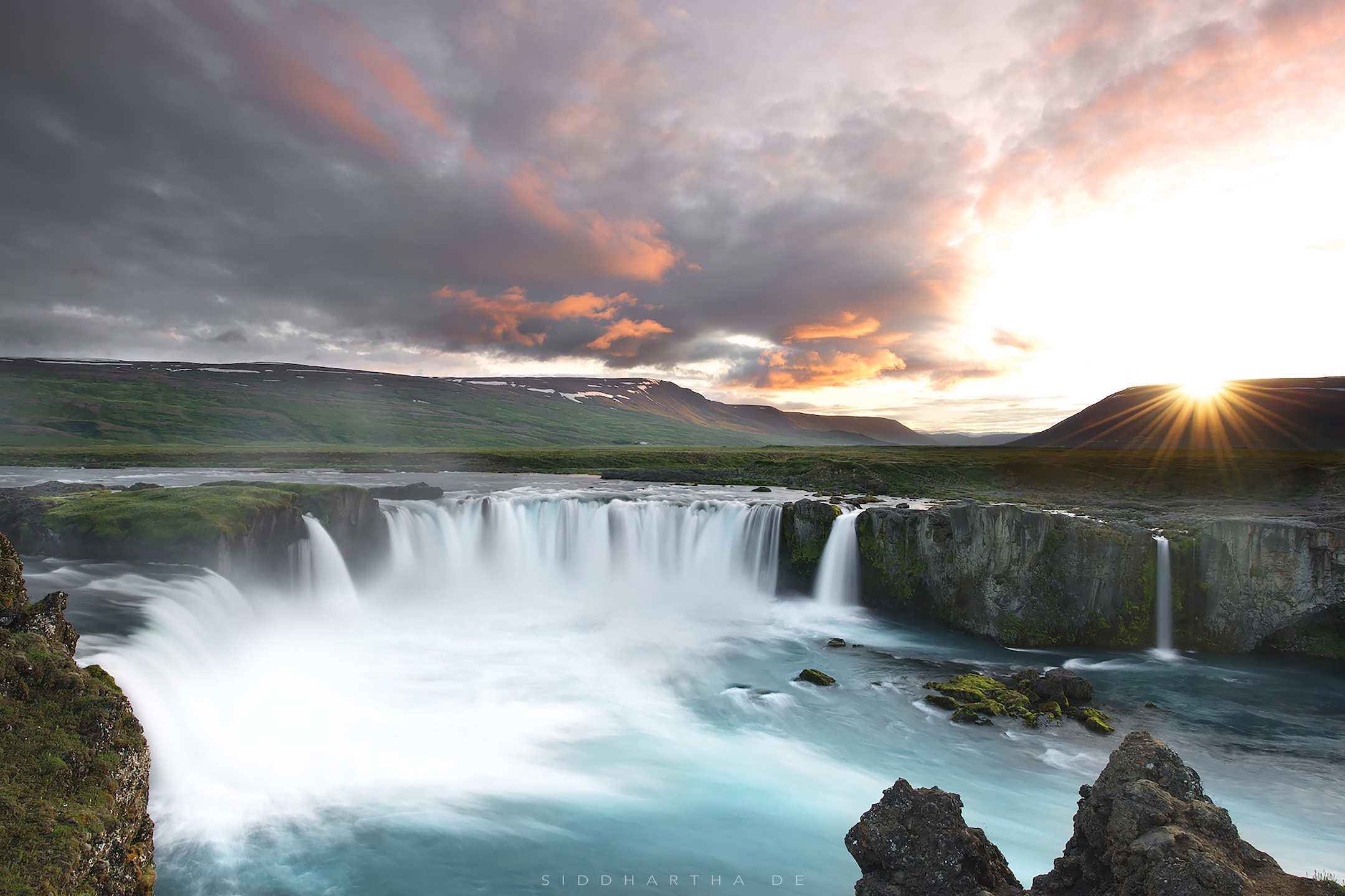 Iceland 02.jpg
