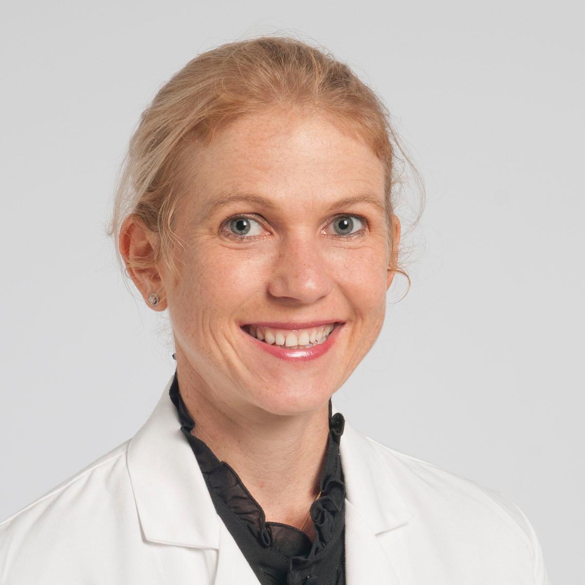 Dr Edwina Moore (Bolshinsky) Endocrine and General Surgeon