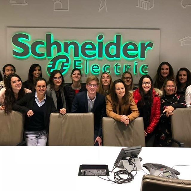 The MS marketing management & digital students spent a great moment with #schneiderelectric.  #toronto #DigitalStudyTrip #msmmd