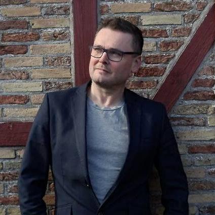 Niklas Heri Jákupsson - Stjóri, Fegin