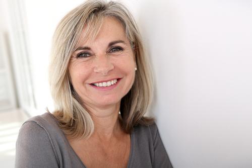 """Marie-Anne Hubin, utilisatrice de P-Heal depuis 6 mois - """"Je suis souvent trop pressé le matin pour me rappeler de prendre mon traitement. P-heal est une façon simple et didactique de m'améliorer dans ma prise de médicaments et donc ma santé."""""""