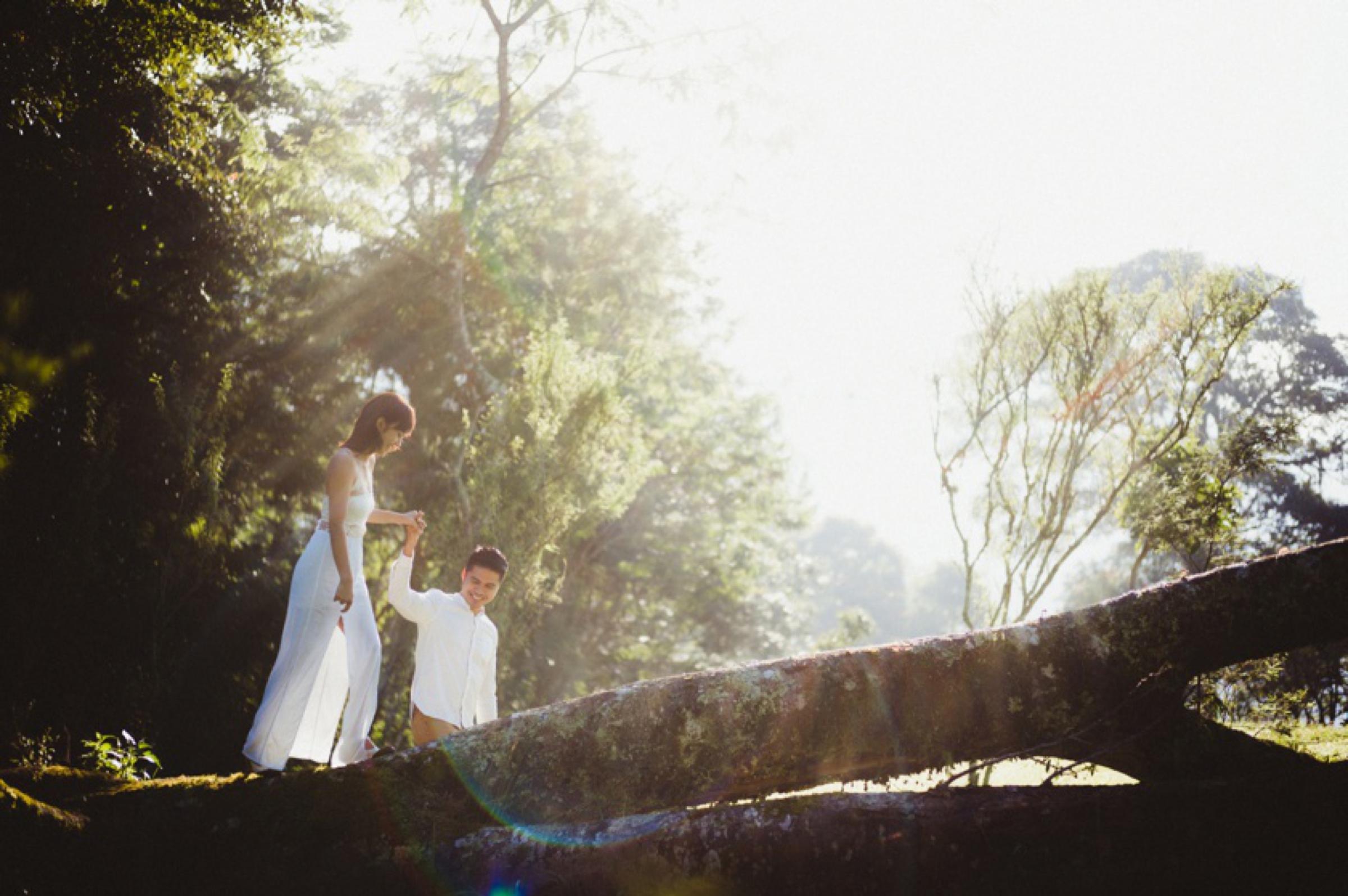 Surya-Chossy-Bali-Prewedding-Pyara-Photo-Evans 39.jpg
