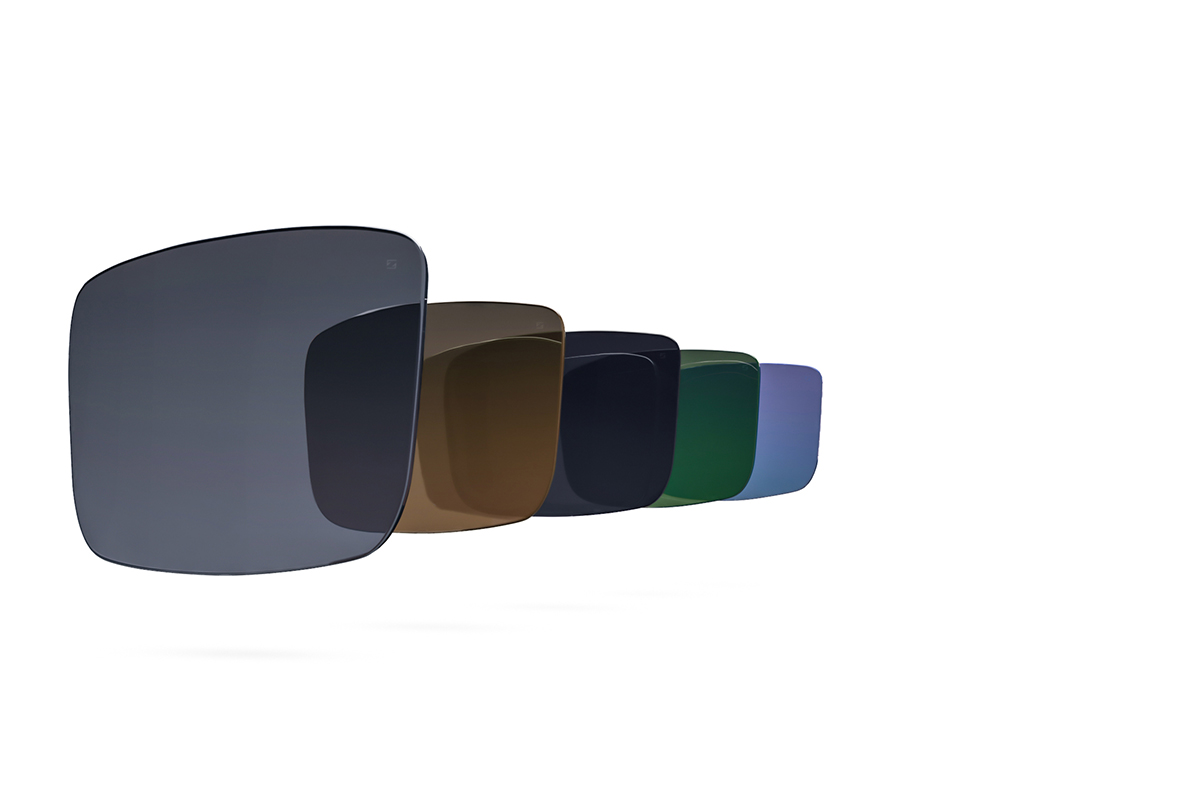 CARL ZEISS TECHNOLOGYHigh quality lenses to protect your eyes - Our Carl Zeiss lenses are made from nylon, with maximum impact resistance. They also include an anti-reflective coating on the inside.