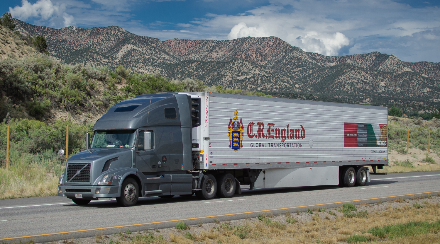 C.R. England has settled a lawsuit that alleged it mislead drivers who leased trucks from the company. (Photo: Jim Allen/FreightWaves)