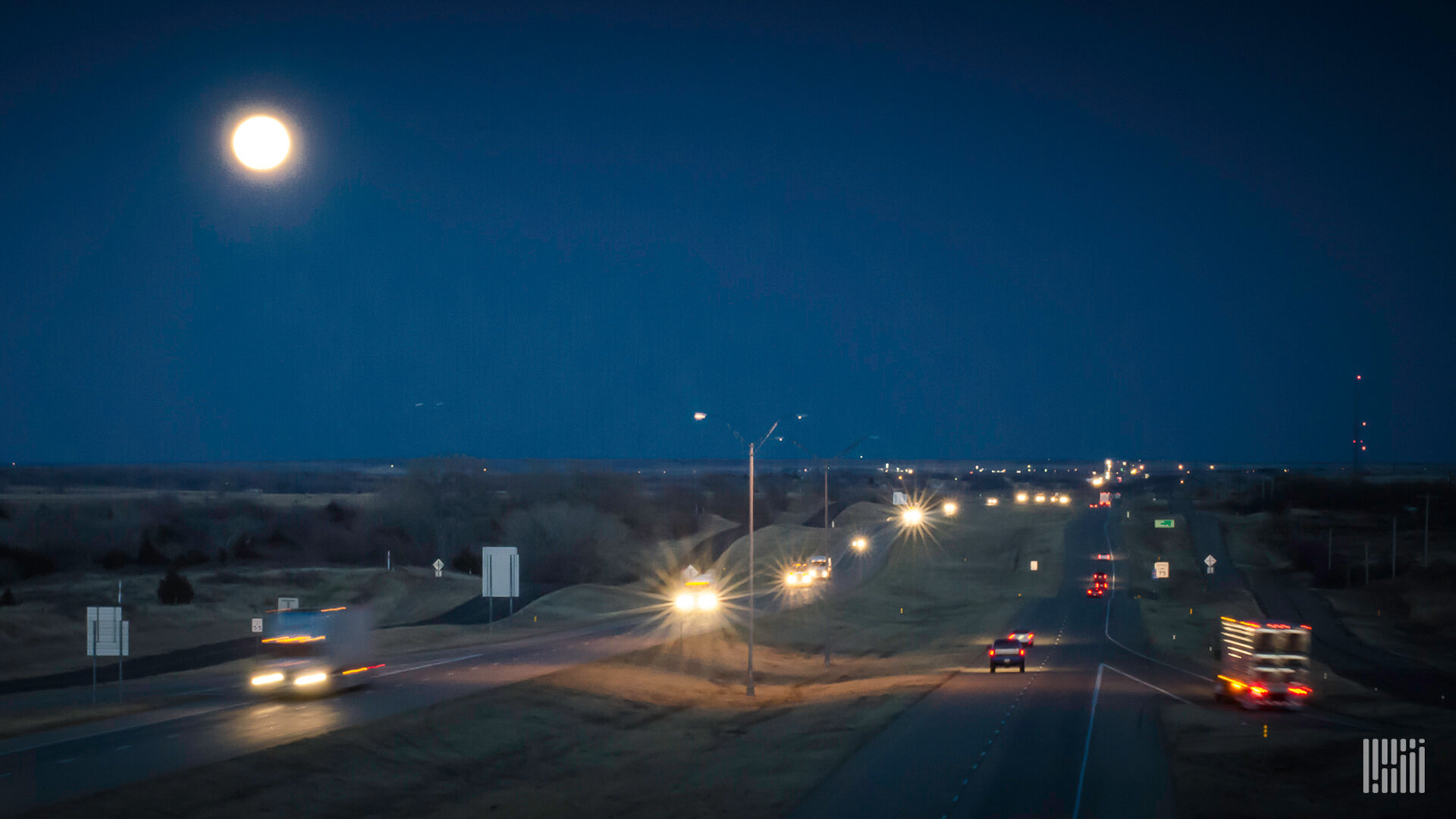 The  Cass Freight Index  fell again in February as the shipments index declined 7.5% year-over-year (y/y) with the expenditures index declining 6.8% for the month, reflecting continued weakness due in part to the coronavirus outbreak. (Photo: Jim Allen/FreightWaves)