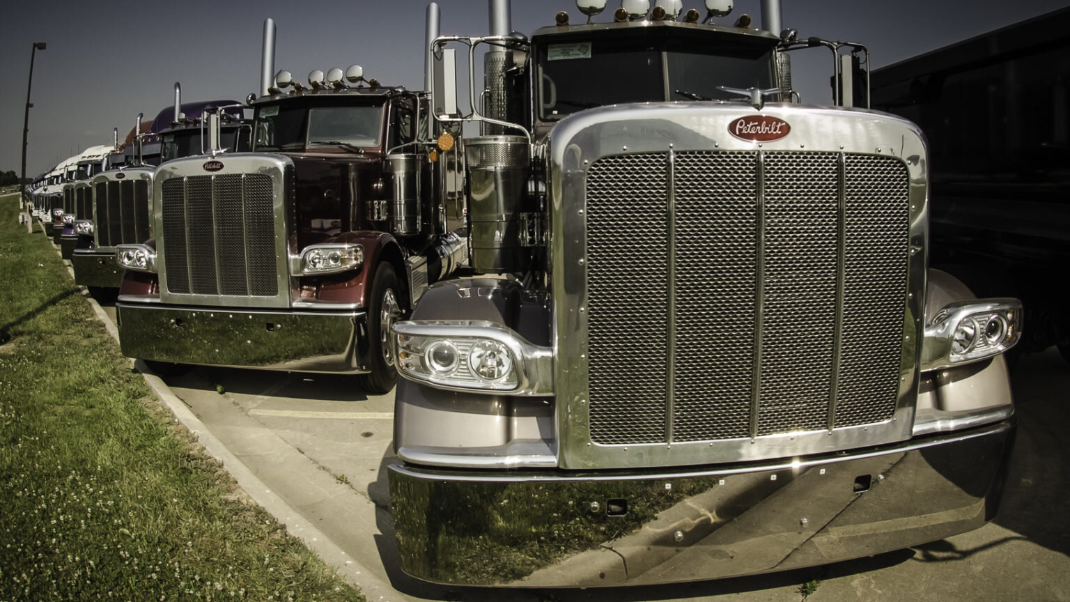 Used truck sales and prices are beginning to firm for dealers and in auctions after months of depressed values. (Photo: Peterbilt)