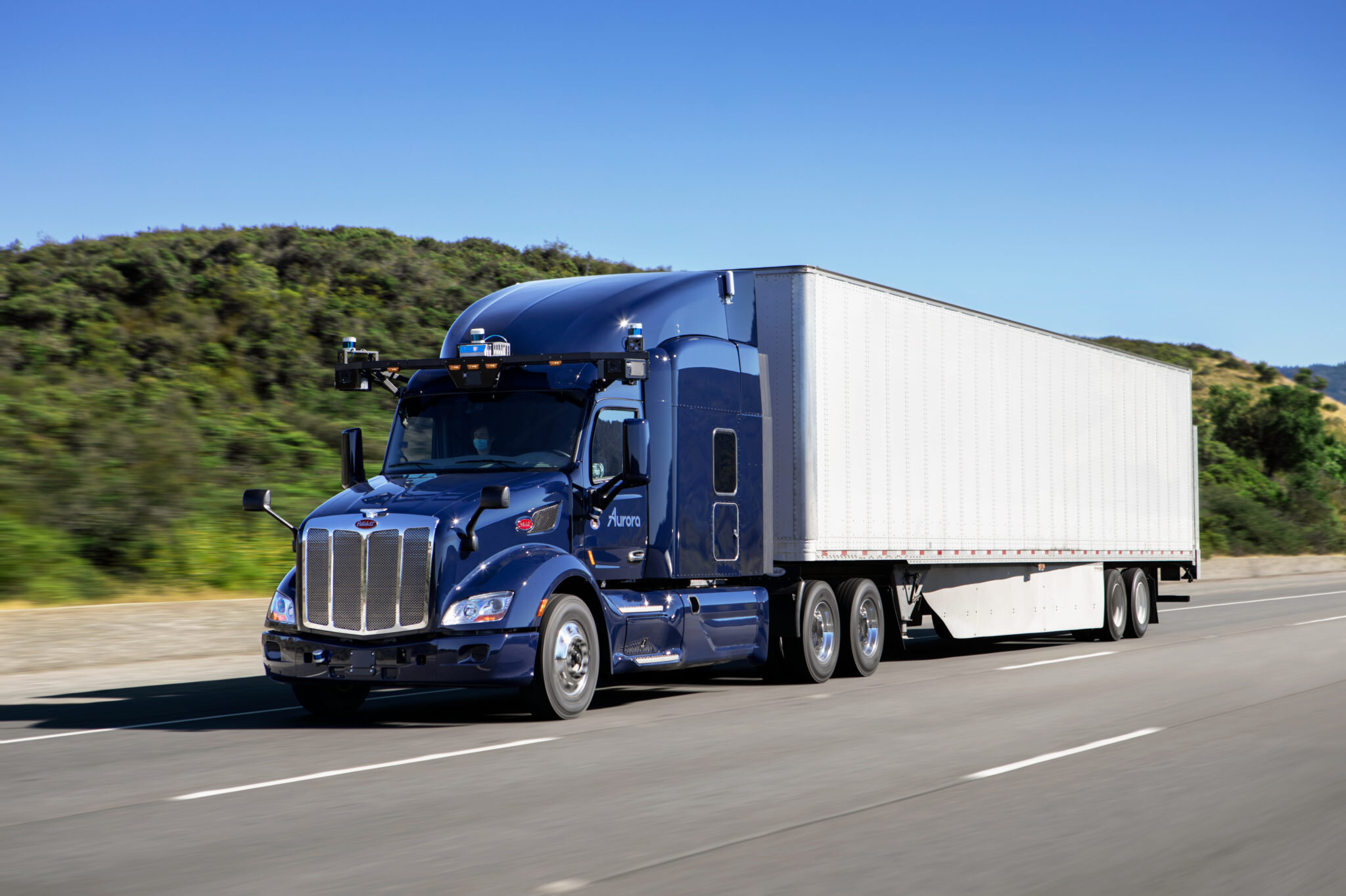 Fresh from itstakeover of Uber ATG in December, autonomous vehicle companyAurorahas signed an agreement with heavy-duty truck manufacturer PACCAR to commercialize autonomous Peterbilt and Kenworth trucks.(Photo: Aurora)
