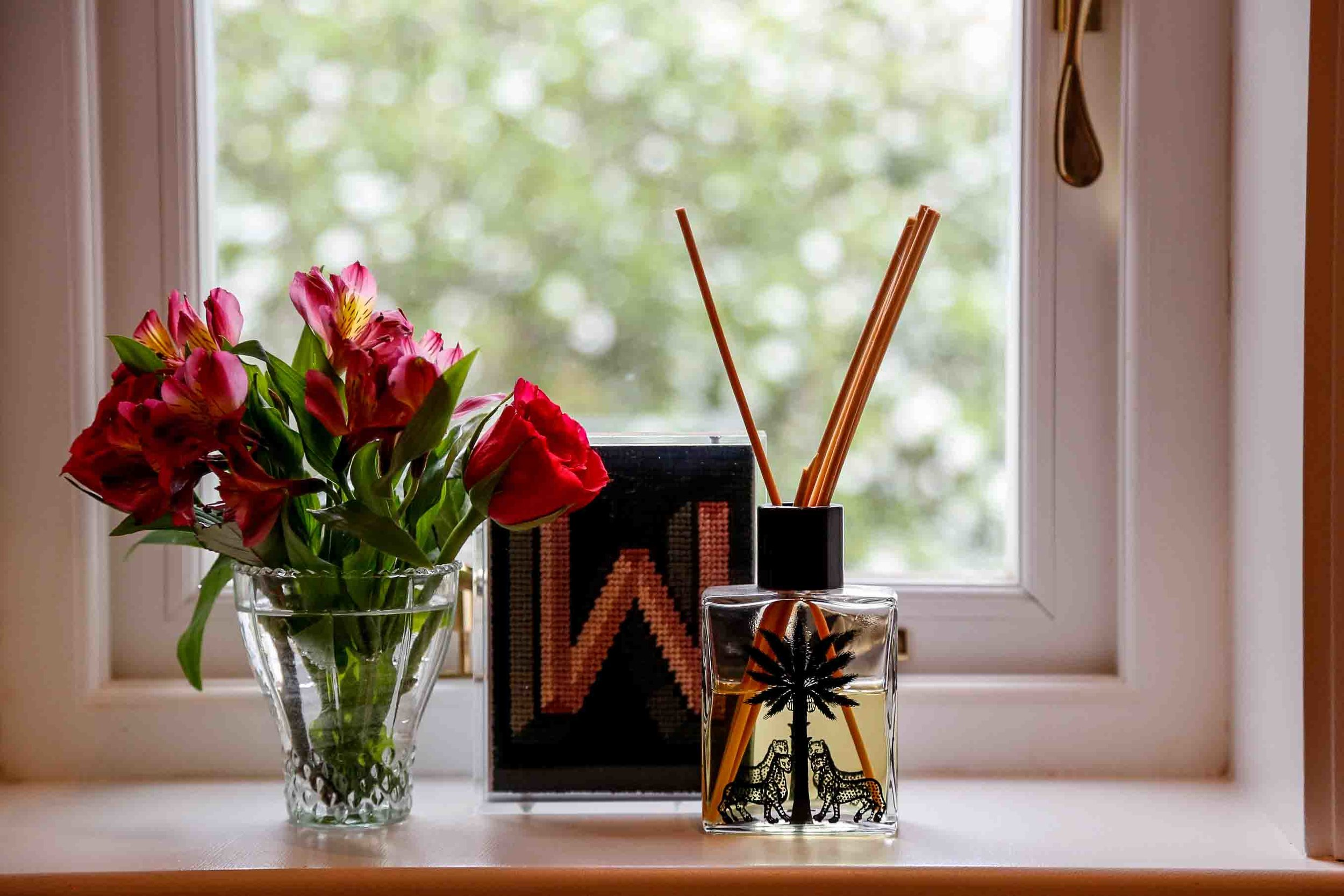Home Accents - Add a touch of scent and colour to your home…
