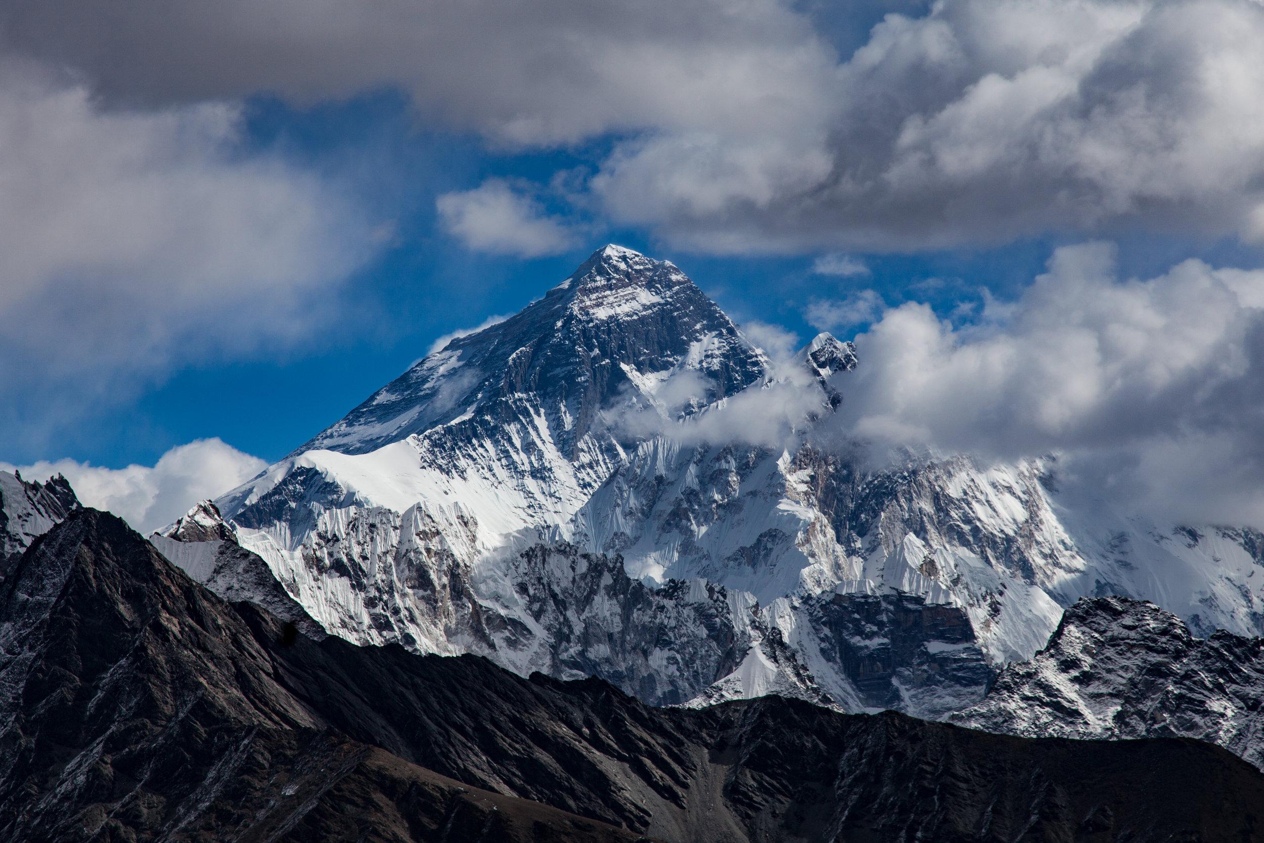 9-Mount-Everest.jpg