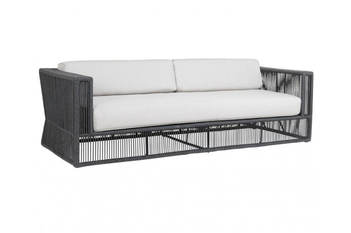 Crafted in the highest quality comfort and durability, the Milano Sofa will stand the test of time with minimal maintenance. Its powder coated aluminum frame is expertly wrapped with premium all-weather Charcoal acrylic rope.