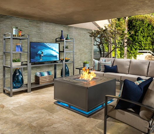 Firepit, Tv & Pacifica. Modern style, exceptional comfort