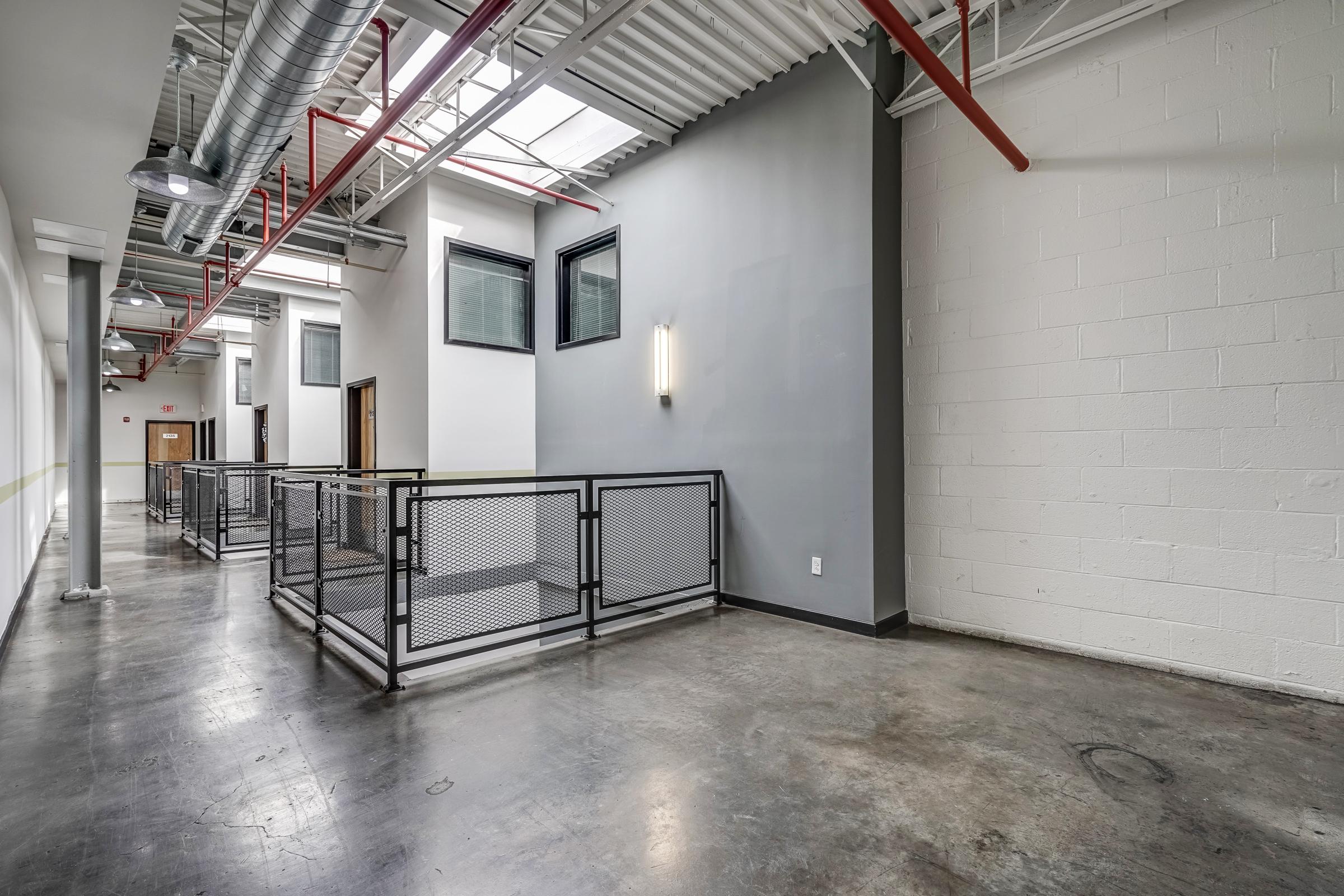 Hallway 1.jpg