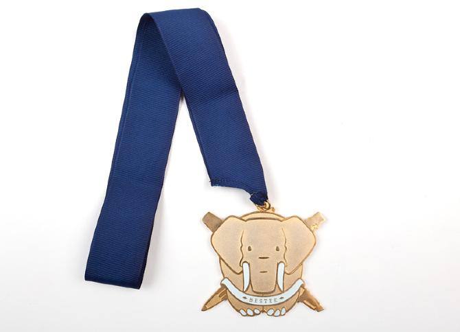 Bestee Medal