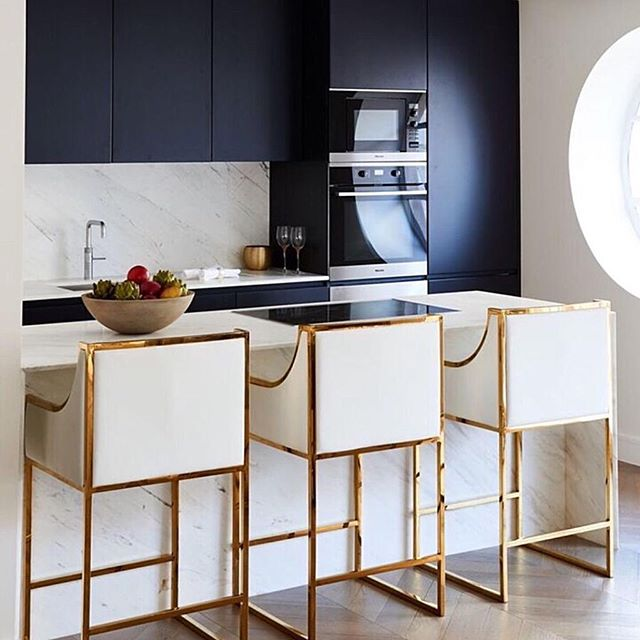 Prop rental for your kitchen - how stylish are these bar stools ?! #styled by our in-house #stylists @ehghome...... 💙 #interiorinspo #blueinteriors #kitcheninspo #interiorstylist #proprental #furniturehire #prophouse #forhire #torent #kitchengoals #homestaging #rentalfurniture #sustainableliving #sustainable #sustainability #sustainableinteriors