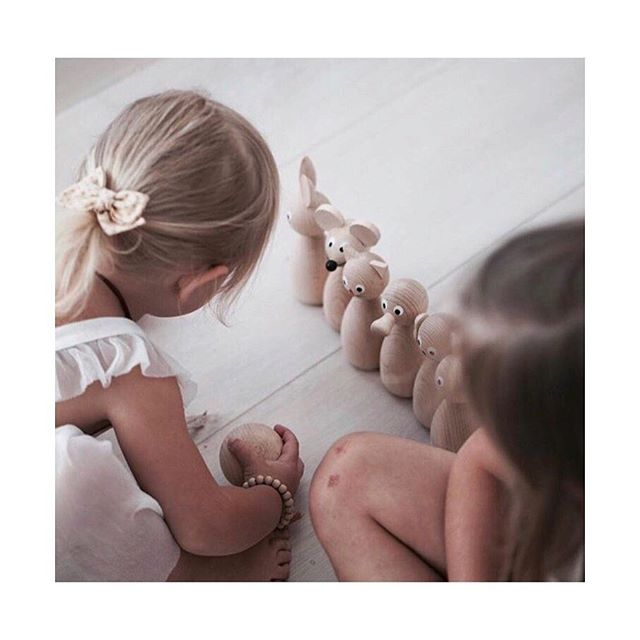 Just in! Lovely wooden toys by @sarahandbendrix ❤️ Thank you for the beautiful photo @isabel_london 💕  #woodentoys #kidsroomdecor #kidsroom #montessori #enfantterrible