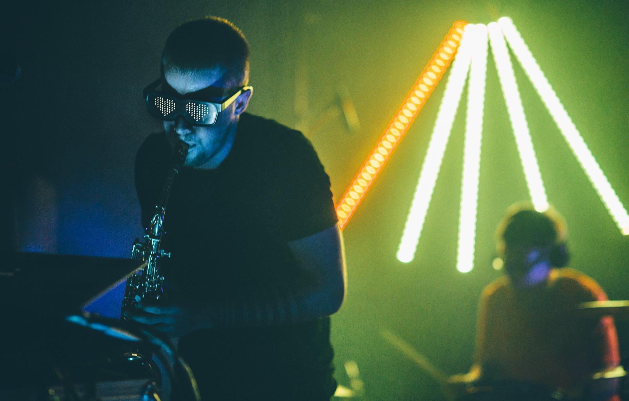 LoveGlasses.jpg