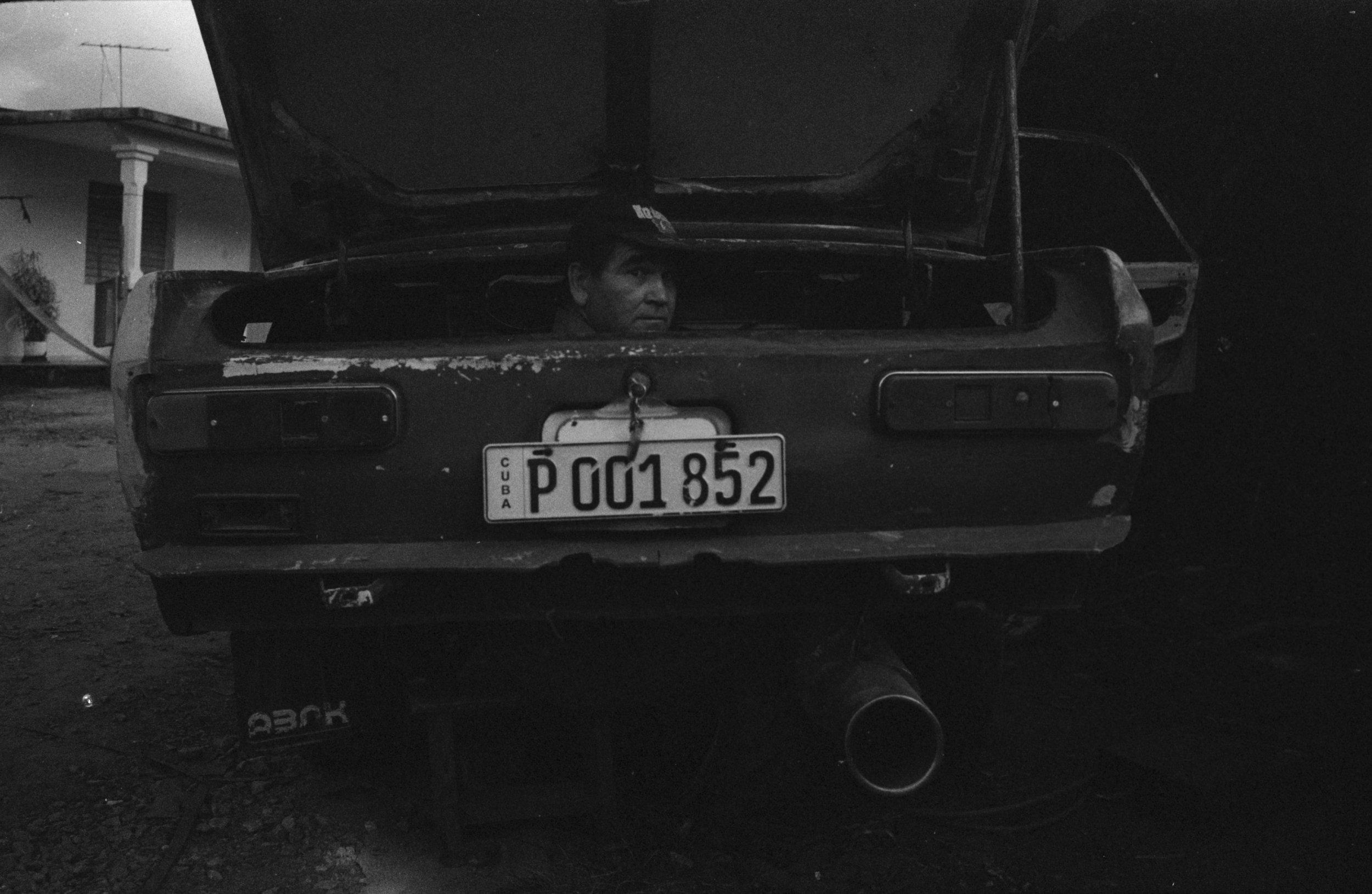 websized Analog Photographer living in Playa del Carmen Tulum Traveling the World017.jpg