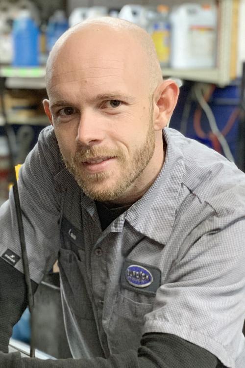 Lee Lewis - ASE Certified Technician  Diesel Technician