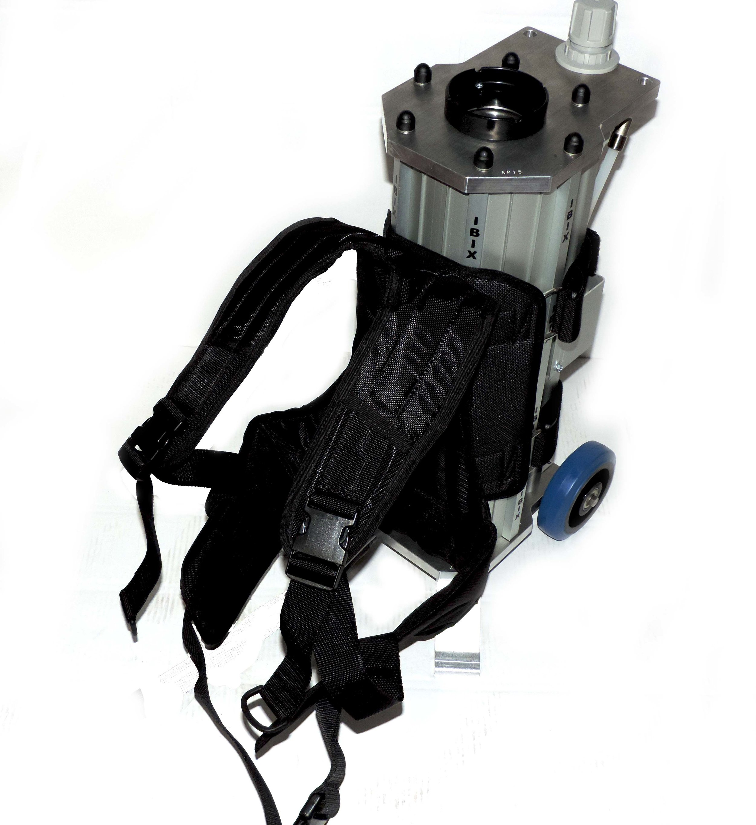 BACKPACK - The backpack accessory allows for the TRILOGY NANO and TRILOGY 9 to be attached to the operators back. This is ideal for jobs on scaffolding or tough to reach places.
