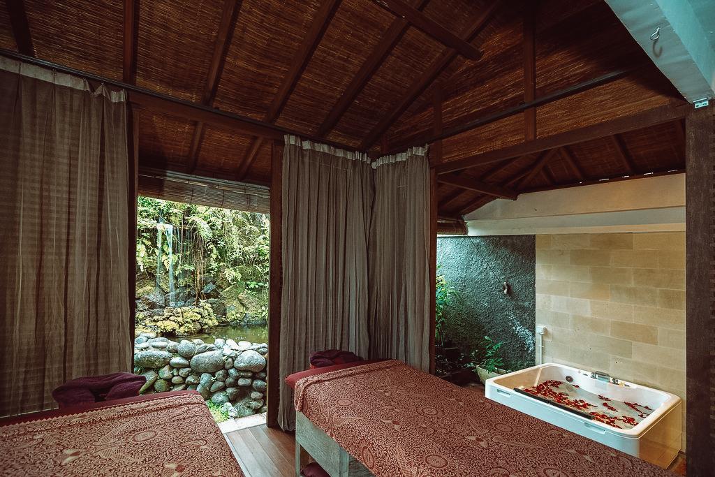 svarga-loka-resort-9.jpg