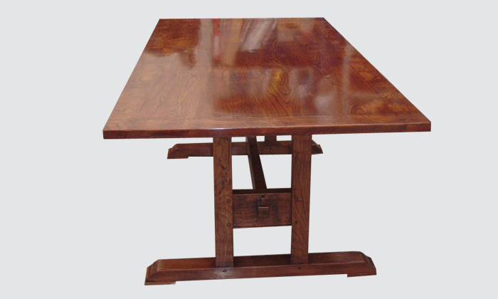 Chesnut-Dining-Table.png