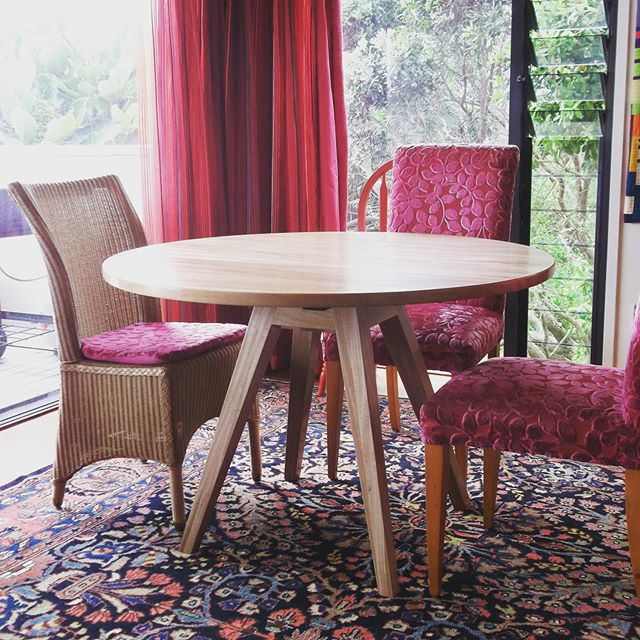 Round Tawa Dining Table.  #bespokefurniture #nzmadefurniture #nzmade