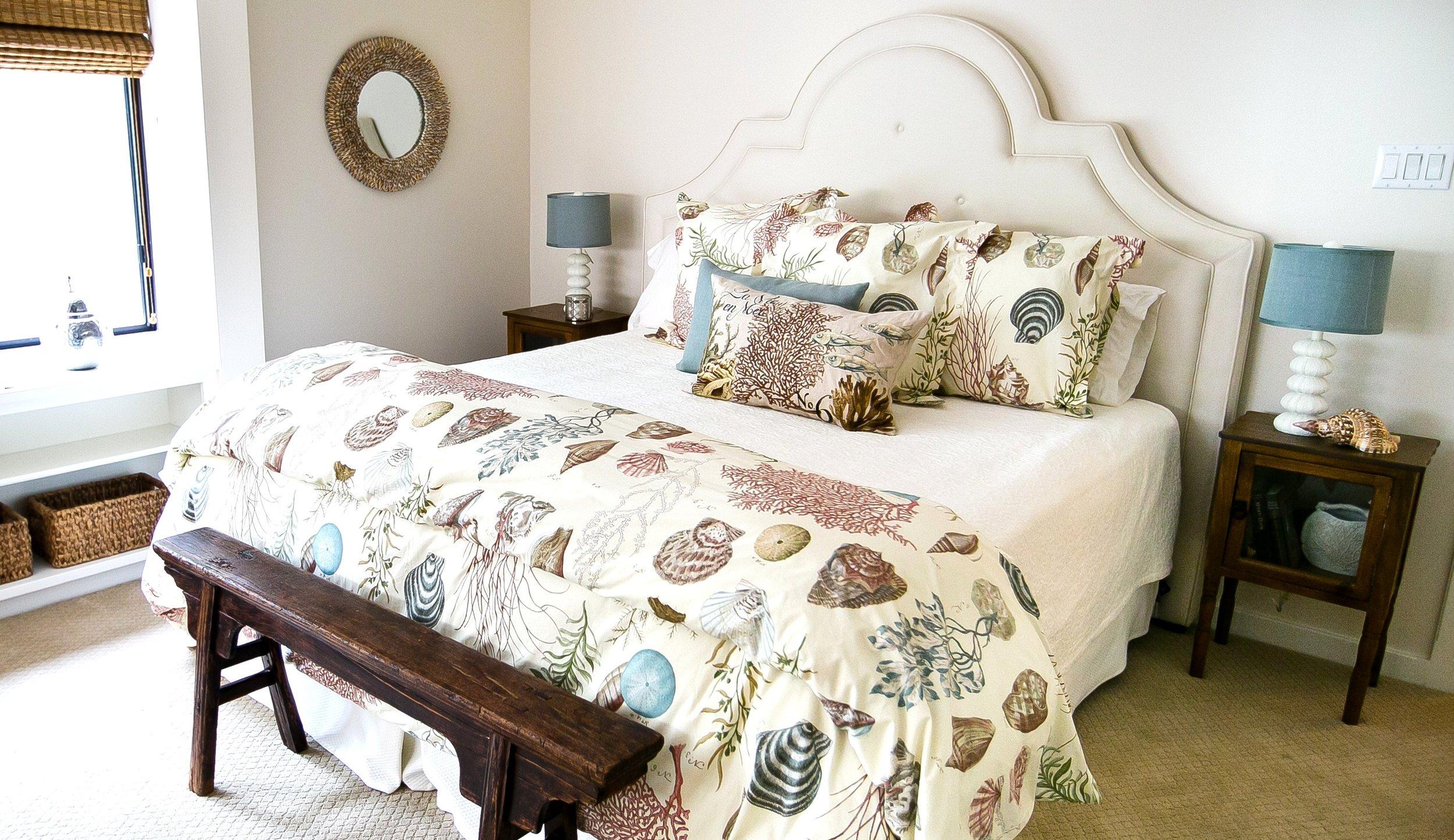 Lakehouse guest room.jpg