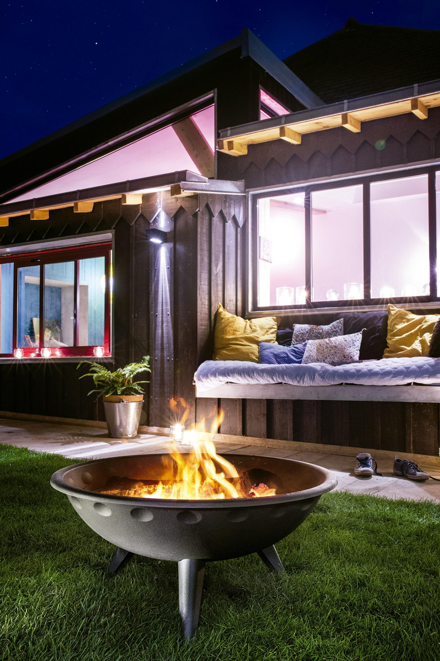 Fuente para calefacción de zonas exteriores del hogar