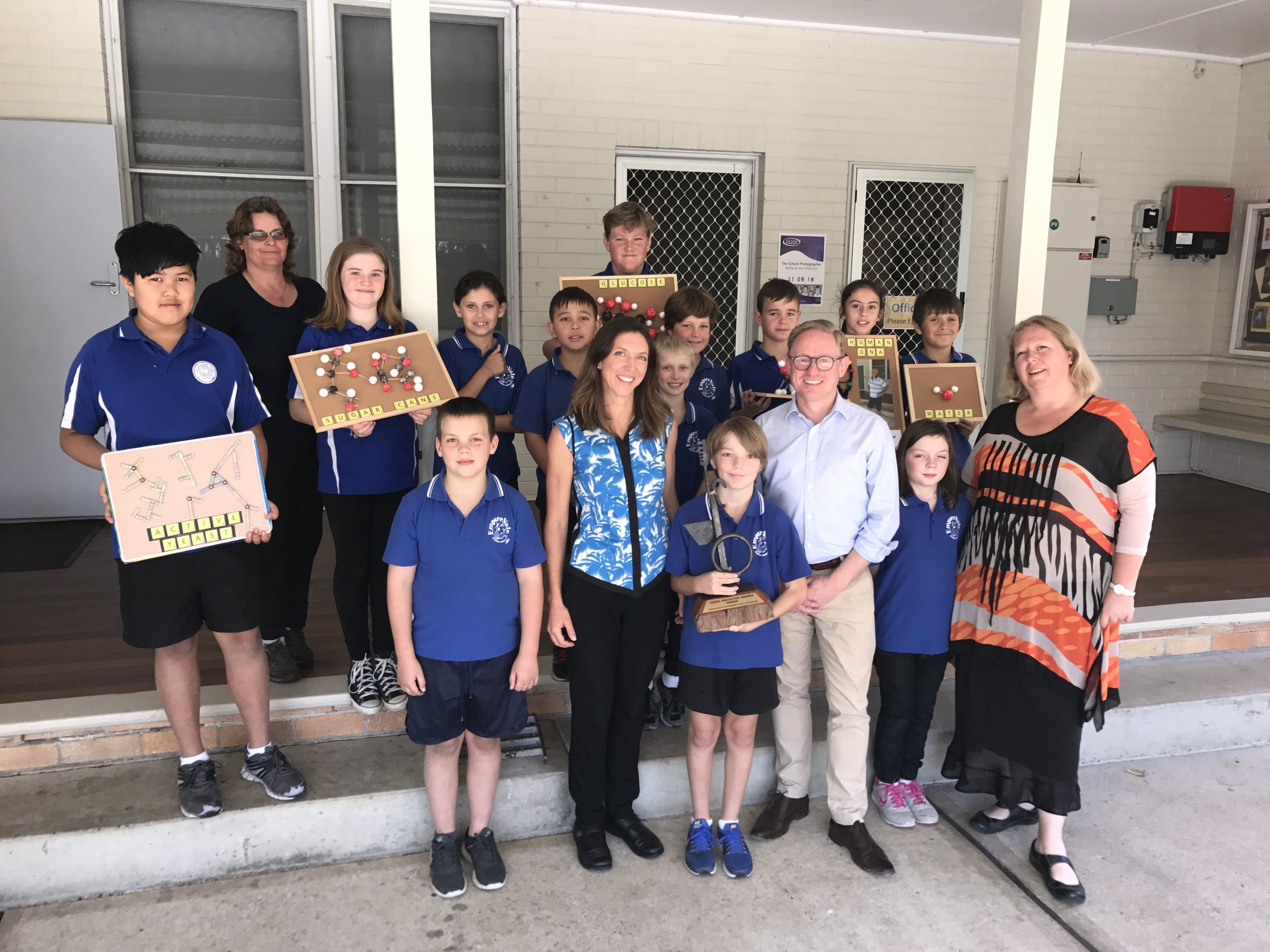 Founder of the Green Innovation Awards Dr Bridie Cullinane, Ben Franklin MP, and teacher Karen Rantissi with students from Empire Vale Primary School holding their 2018 Green Innovation Award earlier this year.