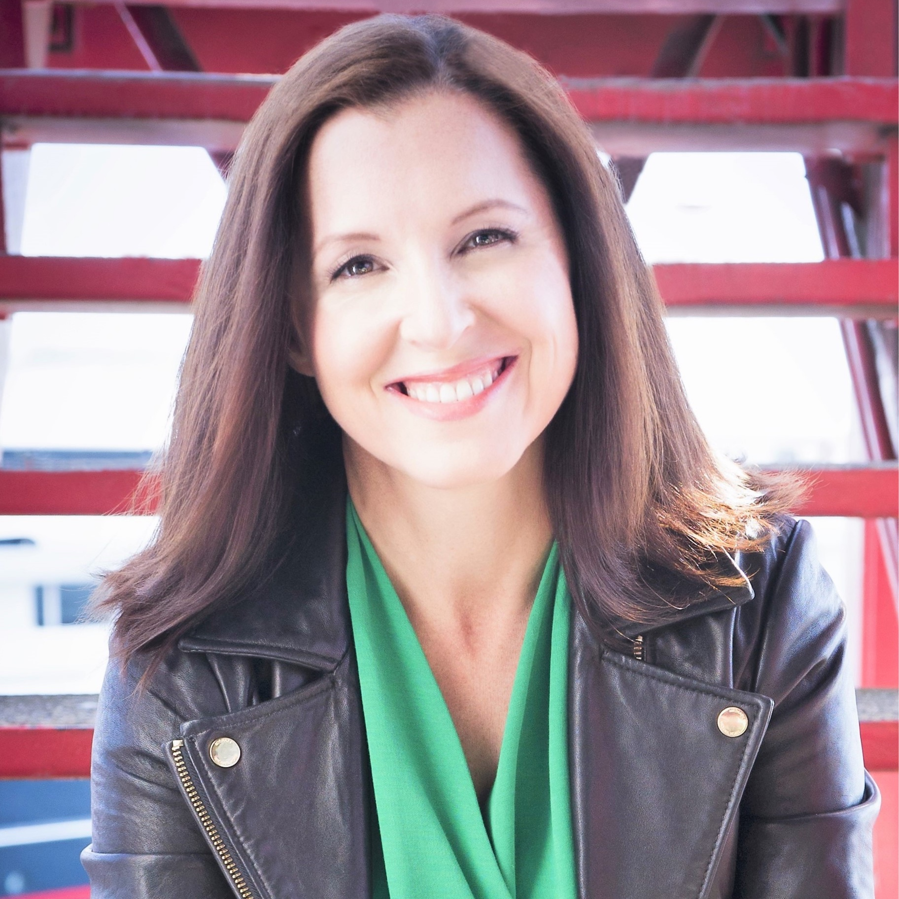 Melissa Breker (CAN)    Co-leading organizations through pivotal transitions