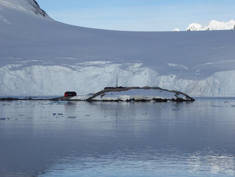 Goudier+Island+Port+Lockroy.jpg