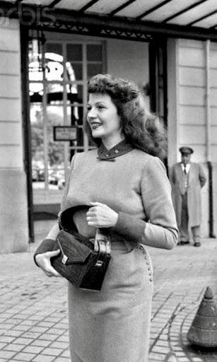 Rita Hayworth outside the Ritz Hotel in Paris in 1950
