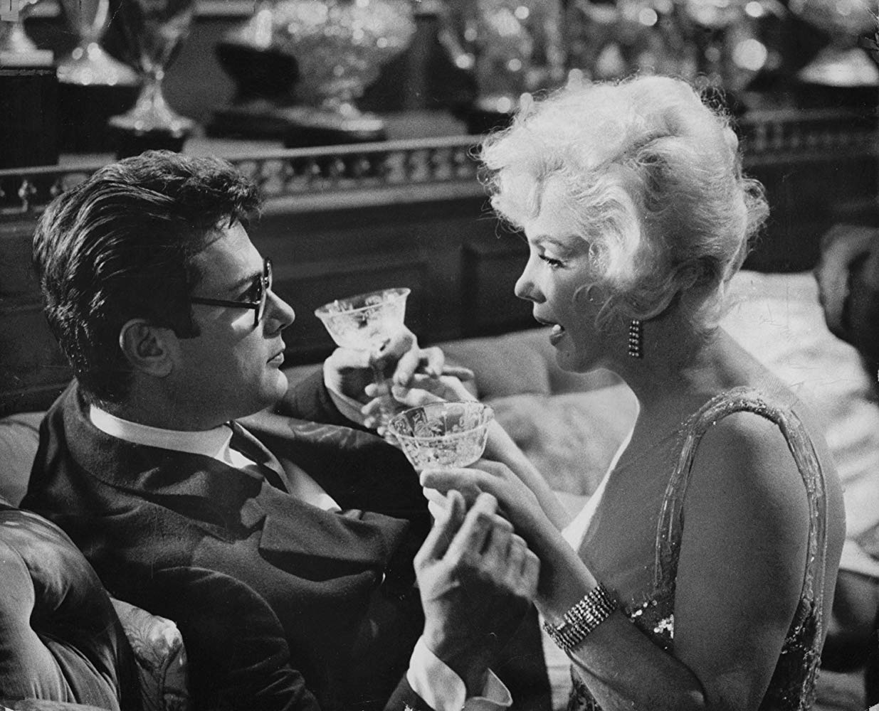 Tony Curtis and Marilyn Monroe in SOME LIKE IT HOT (1959)