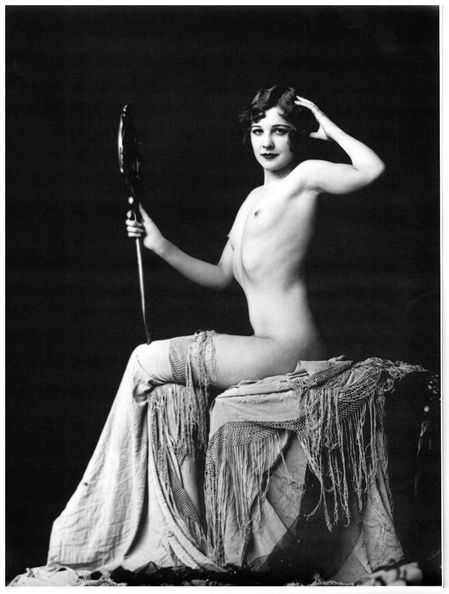Oh yeah! Marjorie King in her Ziegfeld days. Now    she    deserves a cocktail.