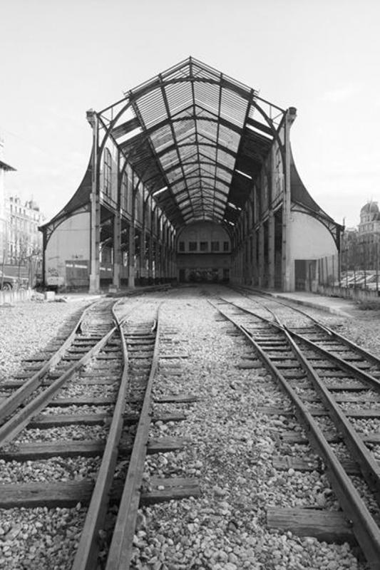 The station as it used to look until December 1991...