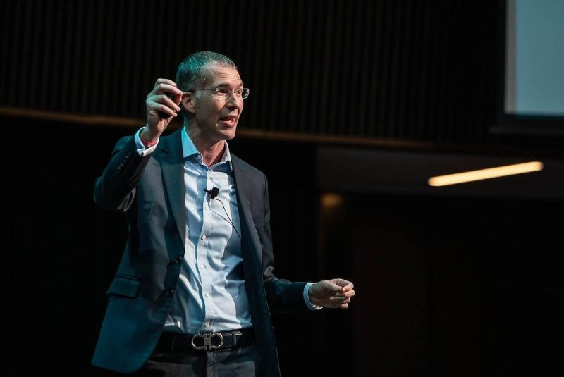"""Scott D. Anthony, author of The Little Black Book of Innovation - """"Feel like your organization is constraining your creativity? Rebel at Work provides provocative but practical advice to break free, drive impact and start having fun again."""""""