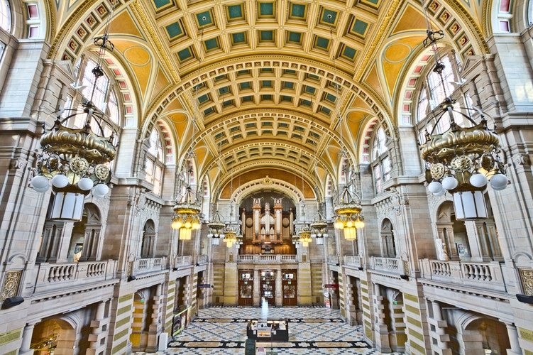 Kelvingrove Interior Photo by Michael D Beckwith.jpg