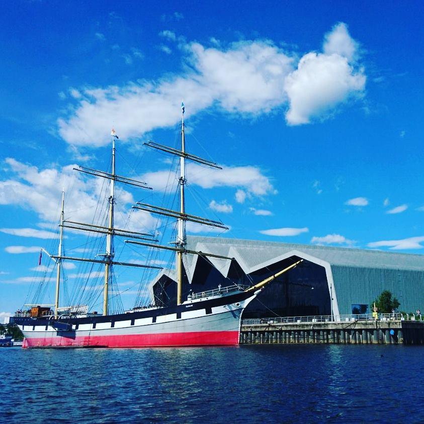 sunny day ship scene.jpg