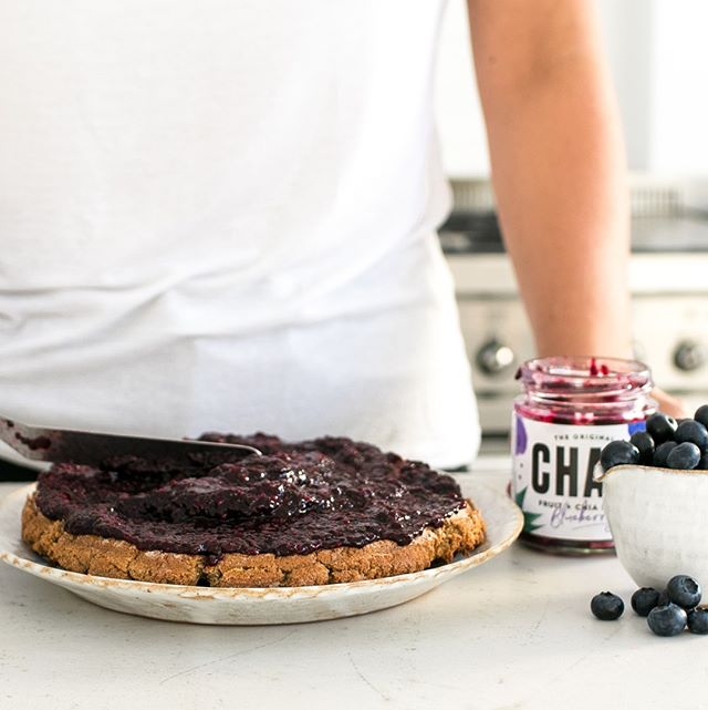 CHAM- the ultimate summer cake filling⠀⠀⠀⠀⠀⠀⠀⠀⠀ .⠀⠀⠀⠀⠀⠀⠀⠀⠀ .⠀⠀⠀⠀⠀⠀⠀⠀⠀ .⠀⠀⠀⠀⠀⠀⠀⠀⠀ . ⠀⠀⠀⠀⠀⠀⠀⠀⠀ #FoodIsLife #FoodIsMedicine #Jam #Spreads #Vegan #GlutenFree #ChiaSeed #ChiaSeeds #EatCham #ChiaJam #Cham #ChiaSeeds #ChiaSeedJam #FoodForThought #WhatVegansEat #Mindful #EatGoodFeelGood #FoodHeaven  #DairyFree #VeganCommunity #NoNasties #RefinedSugarFree #BestOfVegan #RecipeIdeas #FoodEnvy #Foodgasm #EnjoyPlantPower #FoodInspiration #VegansOfIG #WeChammin