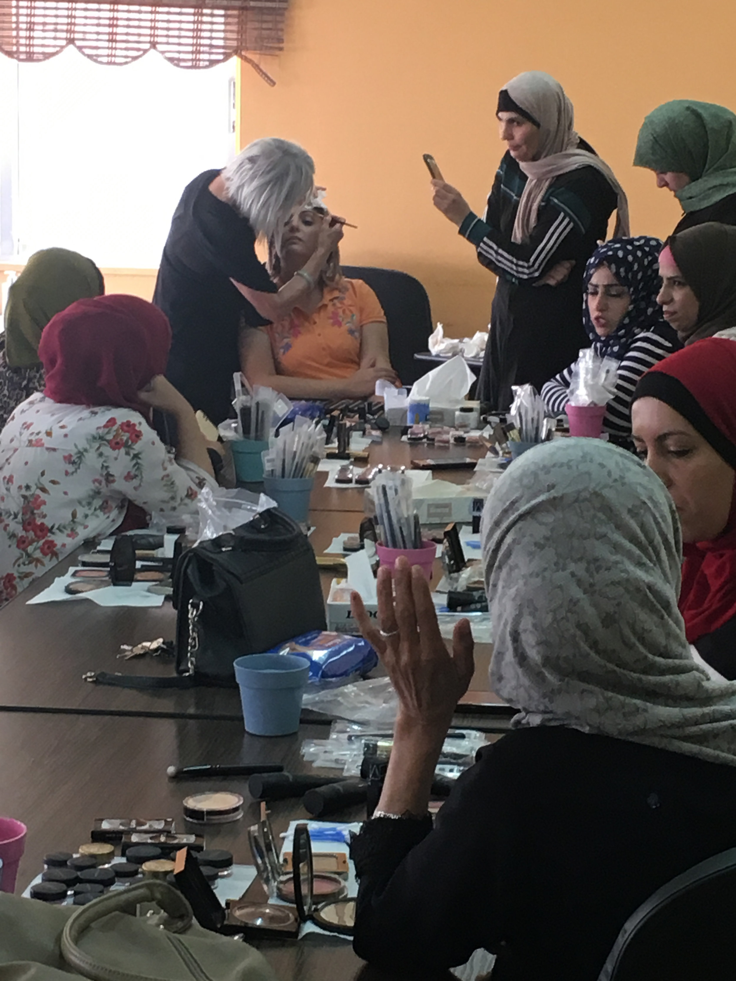 LCF's  Liz McLafferty  in makeup workshop