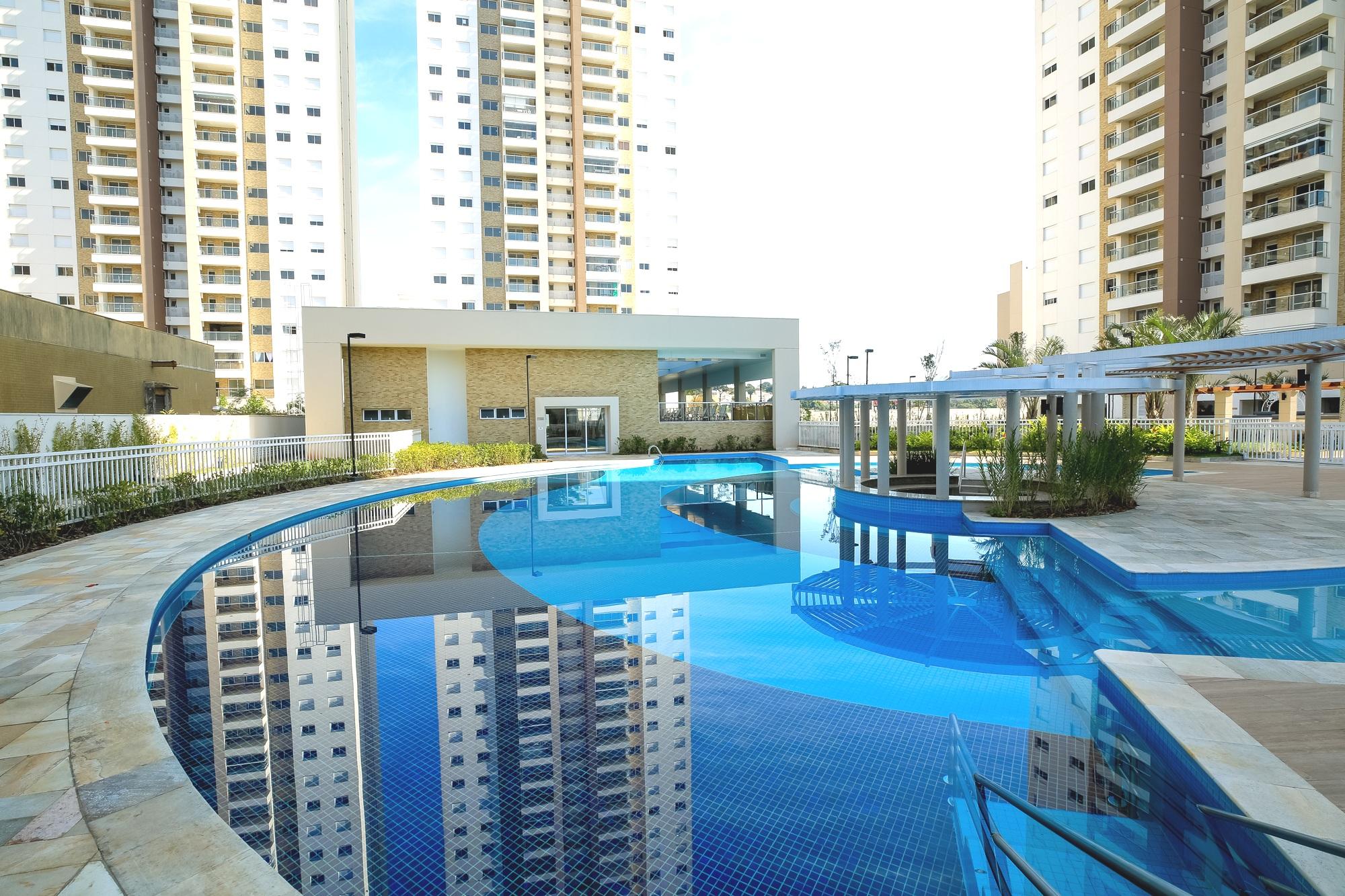 TAL - piscina 1.jpg