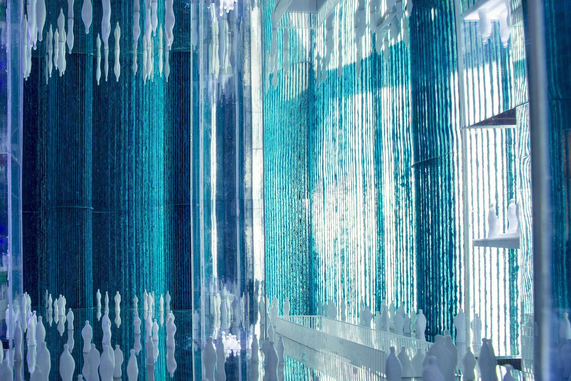 Ocean_of_Light_Dubai_Expo_Model_Tonkin_Liu_Interior